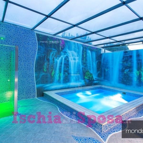 piscina in mosaico personalizzato